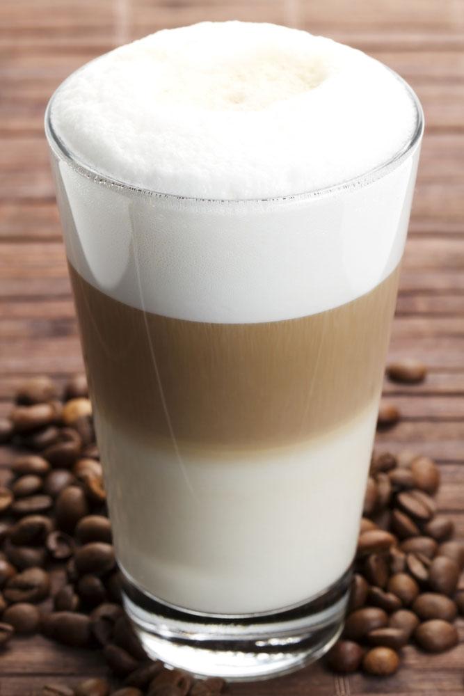 Wie macht man latte macchiato
