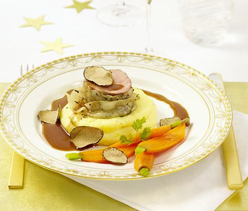 Kalbsfilet mit lardo und portweinsauce rezept essen und trinken - Teller dekorieren ...