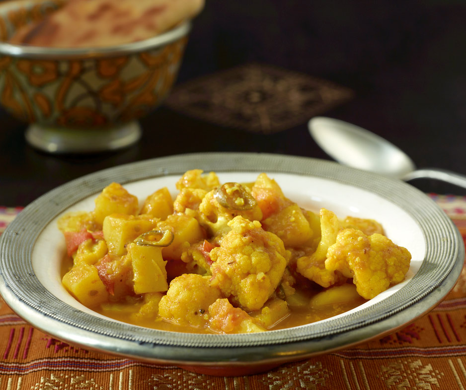 blumenkohl kartoffel curry rezept essen und trinken. Black Bedroom Furniture Sets. Home Design Ideas