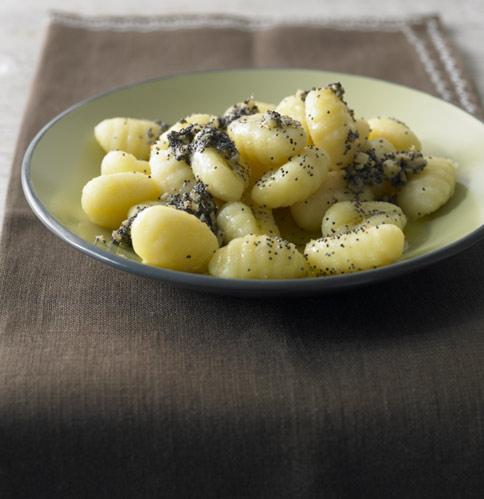 rezepte mit 5 zutaten pasta und reis essen und trinken. Black Bedroom Furniture Sets. Home Design Ideas