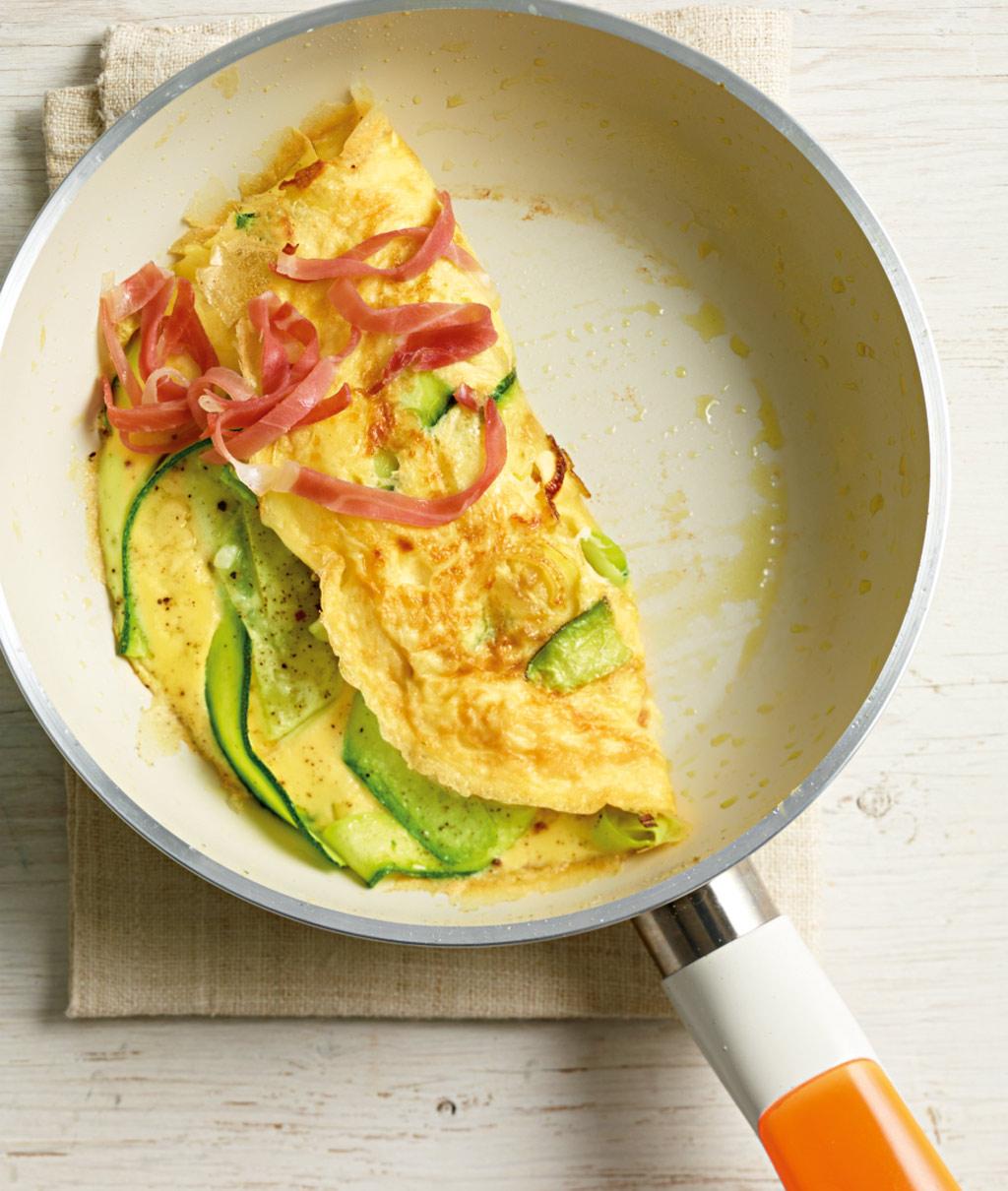 zucchini omelett rezept essen und trinken. Black Bedroom Furniture Sets. Home Design Ideas