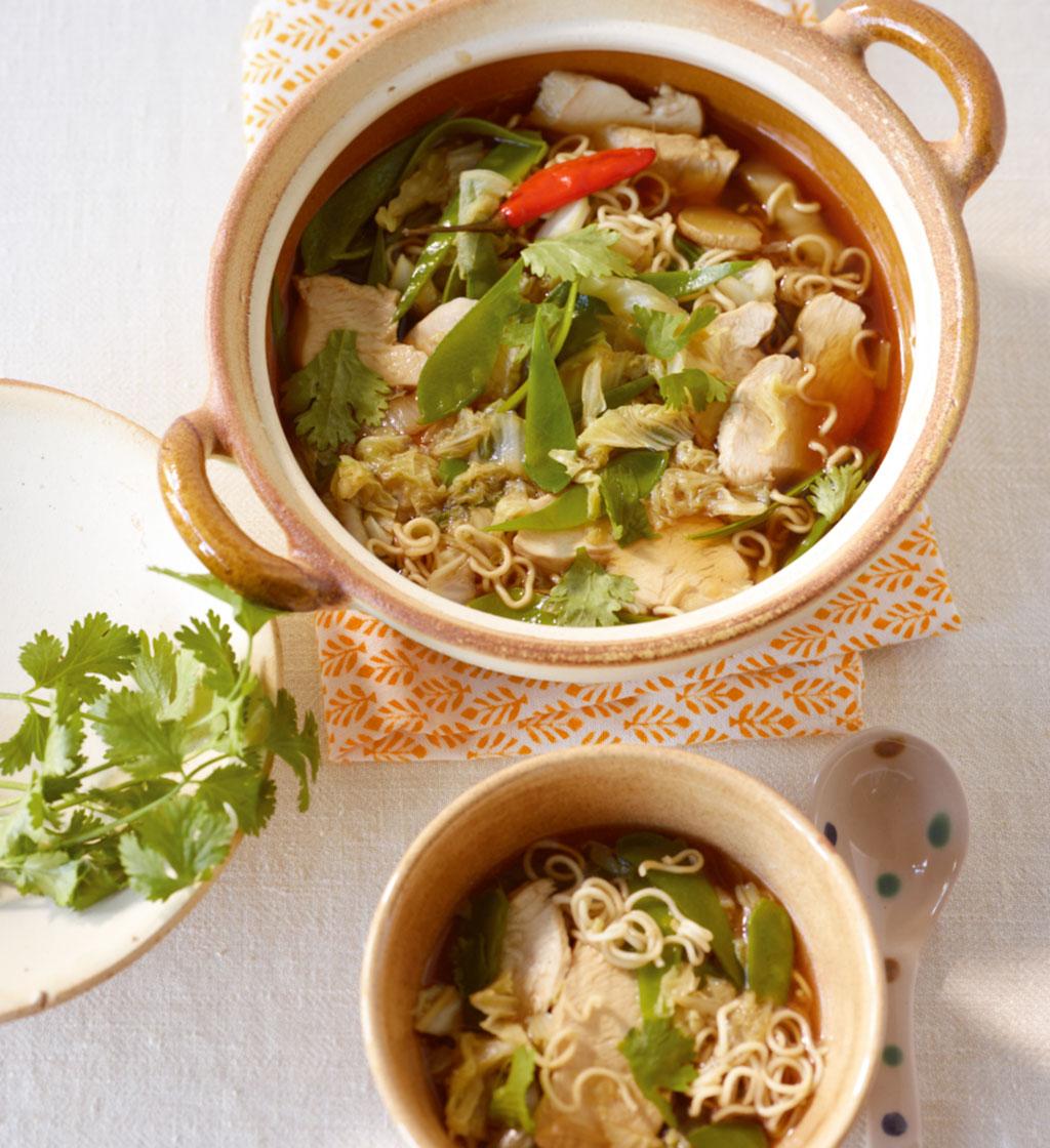 rezepte asiatische suppe essen und trinken. Black Bedroom Furniture Sets. Home Design Ideas