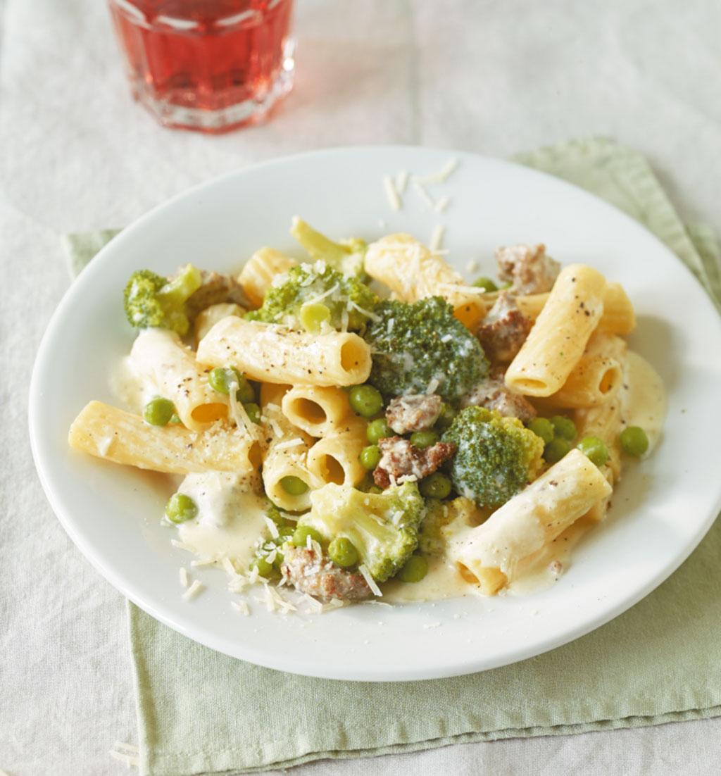 broccoli erbsen pasta rezept essen und trinken. Black Bedroom Furniture Sets. Home Design Ideas