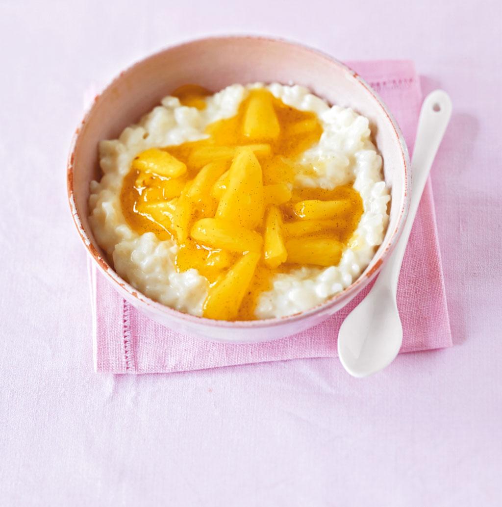 kokos milchreis mit ananas rezept essen und trinken. Black Bedroom Furniture Sets. Home Design Ideas