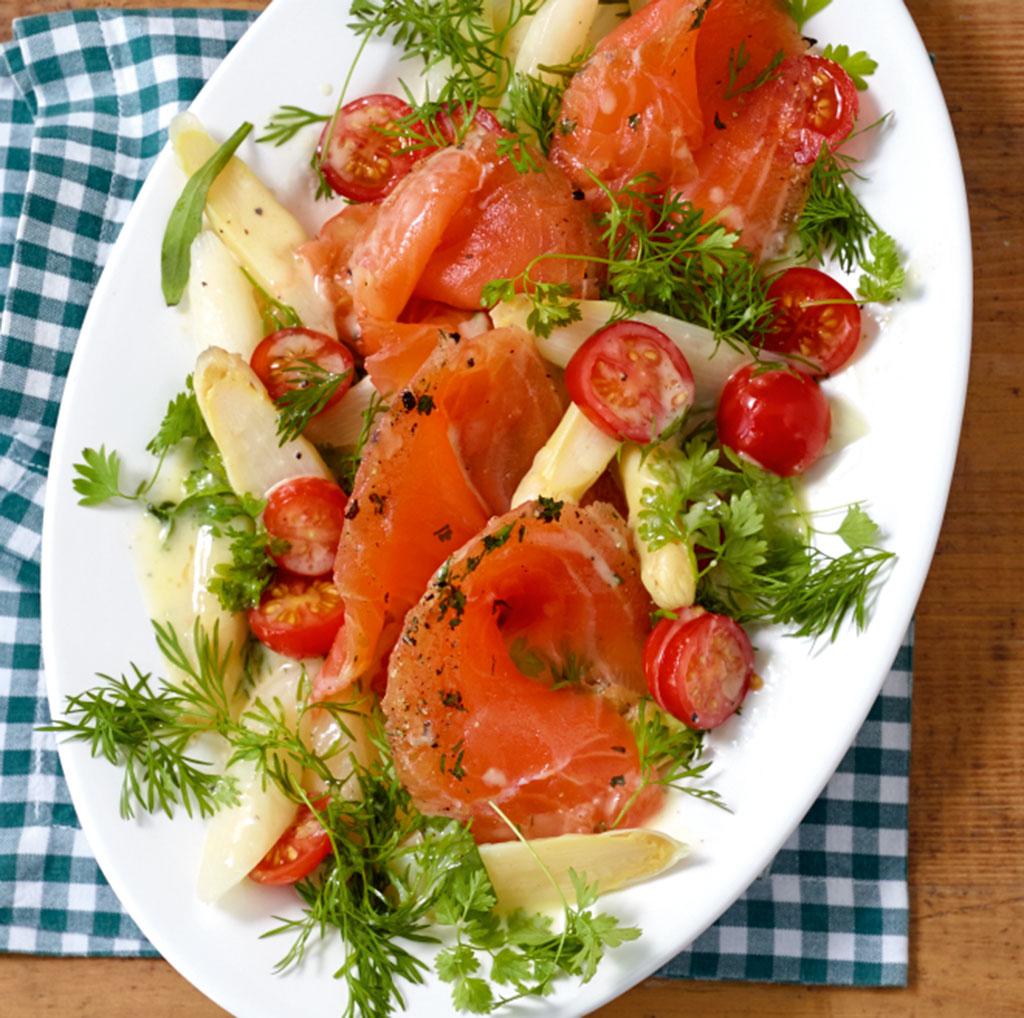 gemüse-kräuter-salat - grüne küche - [essen und trinken]