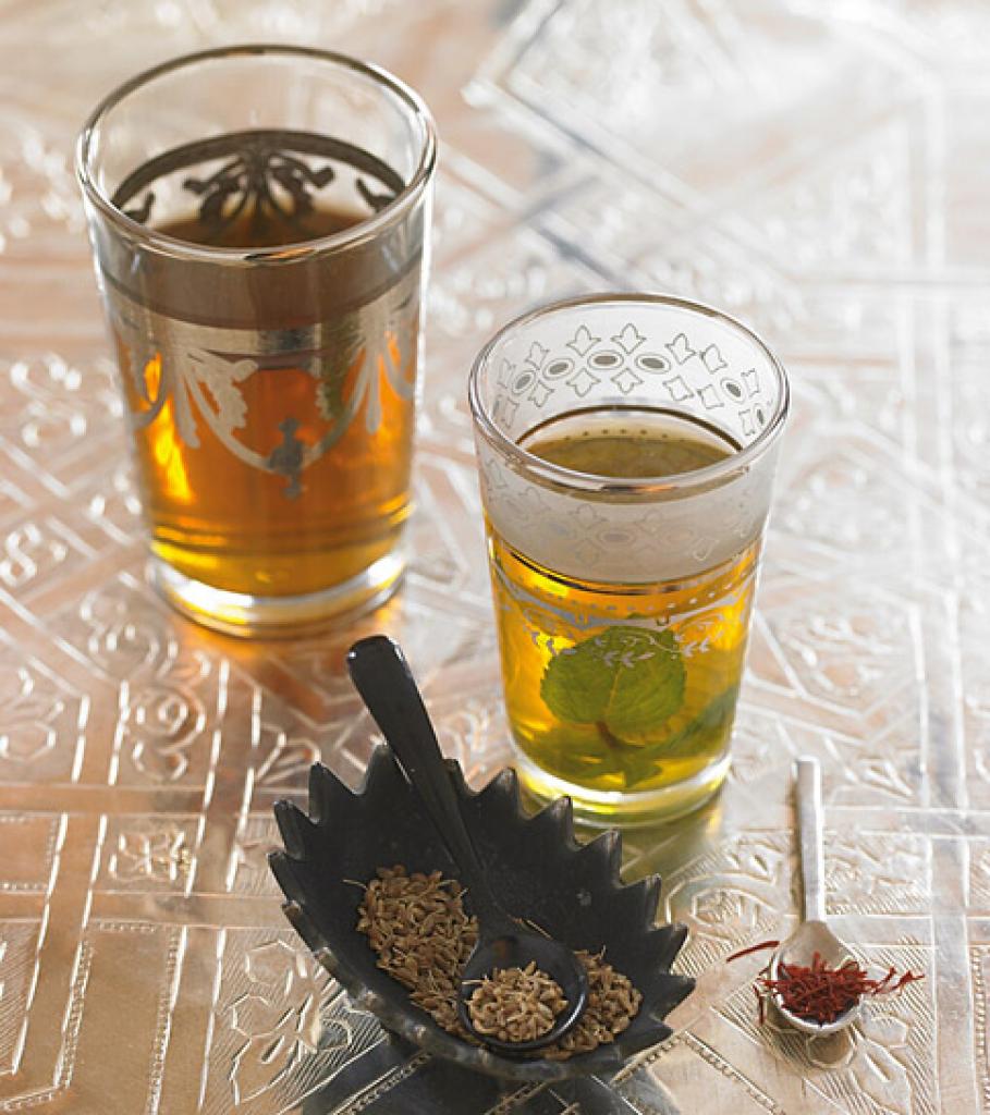 marokkanischer minztee rezept essen trinken. Black Bedroom Furniture Sets. Home Design Ideas