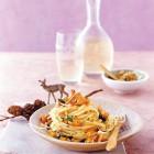 Walnuss-Linguini mit Pfifferlingen