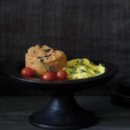 Rotes Kartoffelpüree mit Basilikum-Rührei