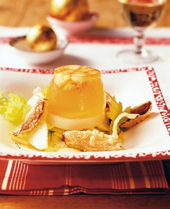 Apfel-Sellerie-Salat mit gebackenen Datteln