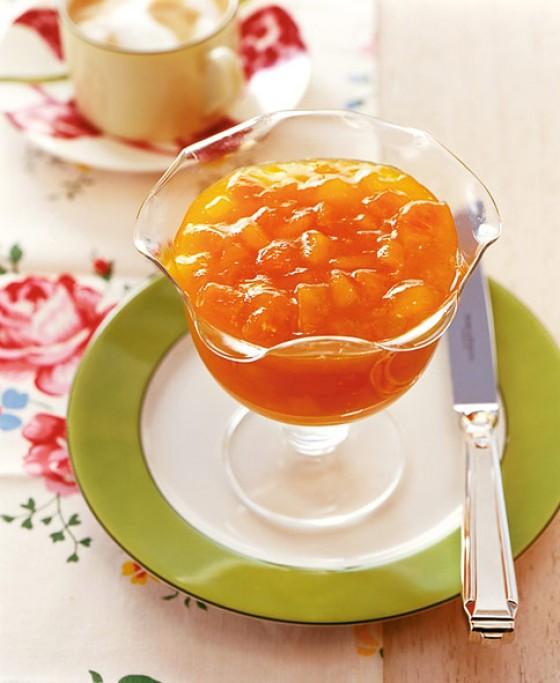 Aprikosen-Mango-Konfitüre