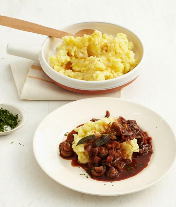 Kartoffelstampf mit Schalotten-Portwein-Sauce