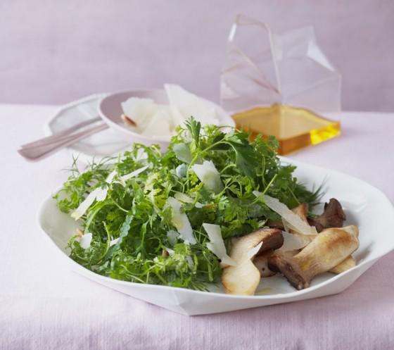 Kräutersalat mit Kräuterseitlingen