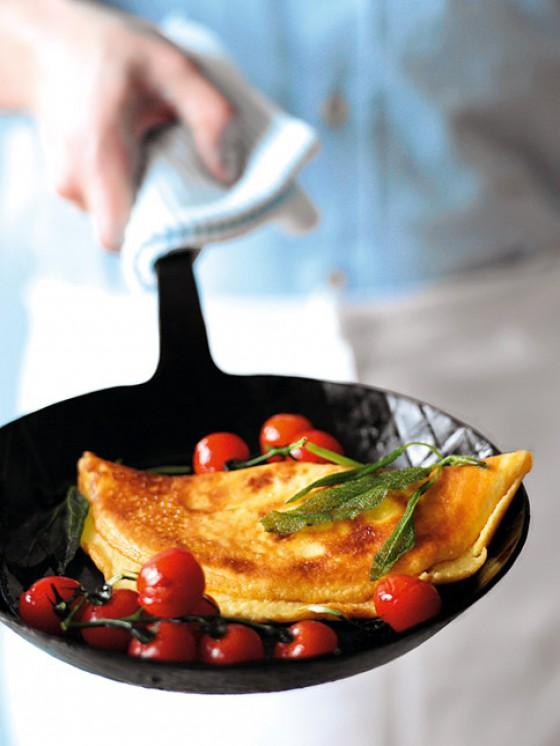 Omelette mit Salbeibutter