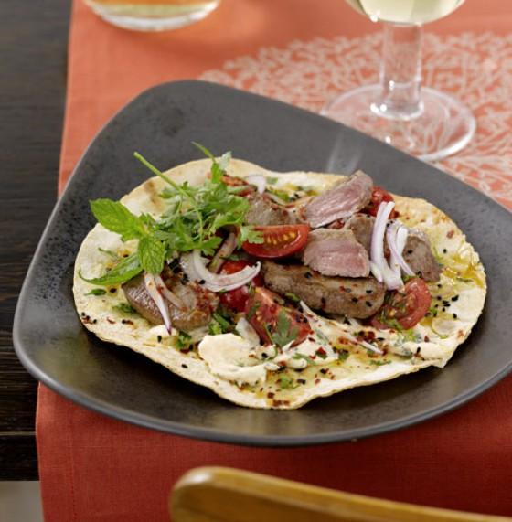 Orientalischer Salat mit Lammrücken