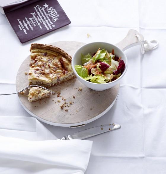 Quiche lorraine mit Salat