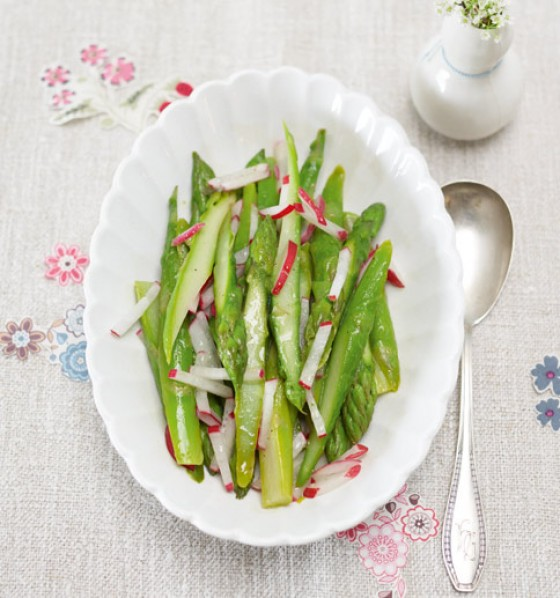 Radieschen-Spargel-Gemüse