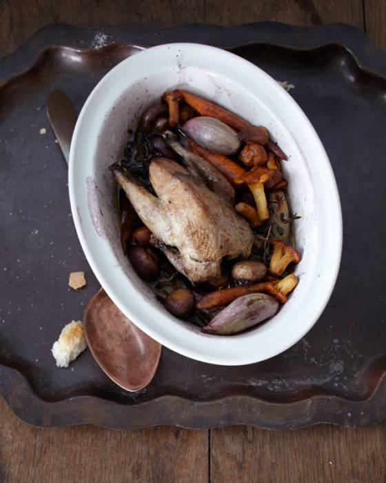 Rebhuhn mit Pilzen