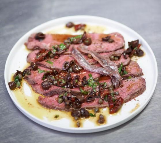 Roastbeef mit Oliven-Vinaigrette