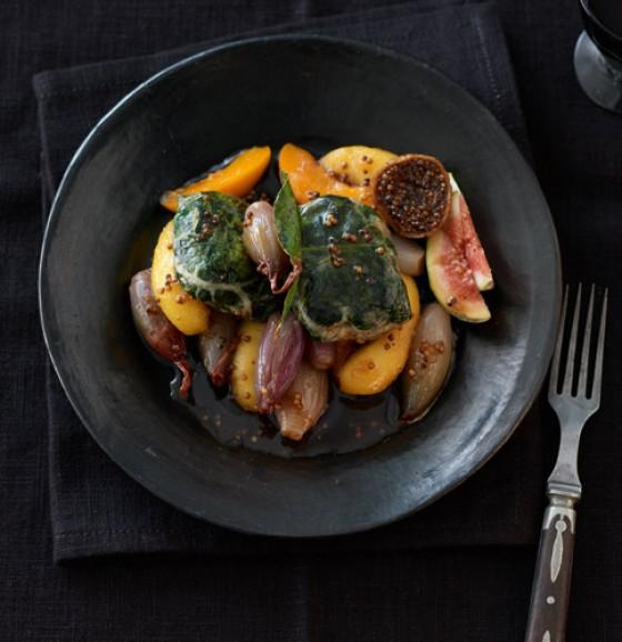 Schalottenkompott mit Aprikosen und Feigen