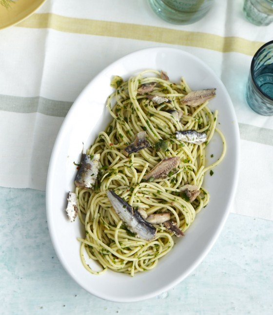 Spaghetti aglio olio mit Ölsardinen