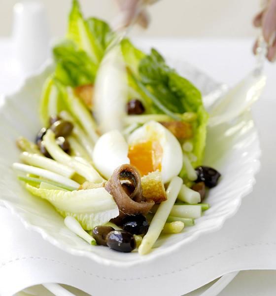 Spargelsalat mit Oliven