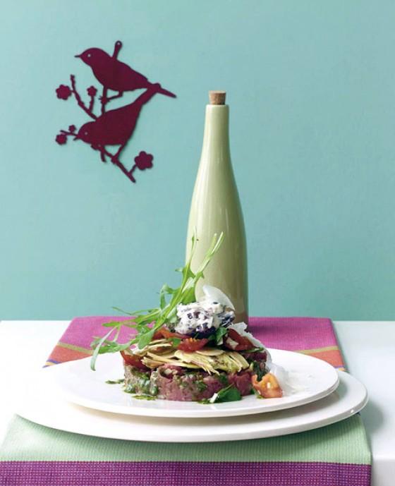 Tartar mit Basilikumöl und Artischocken