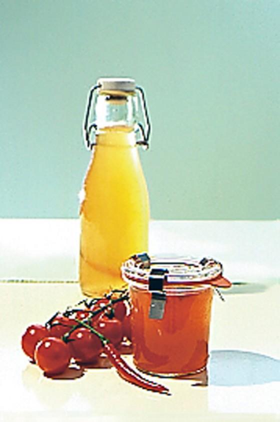 Tomatensirup und -gelee mit Chili