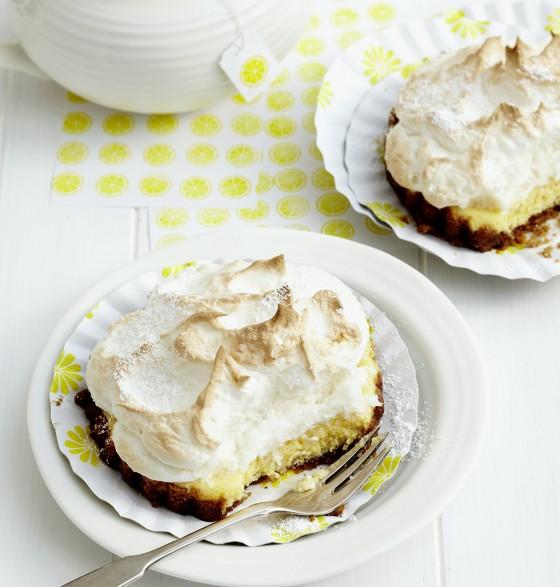 Zitronen-Baiser-Pies