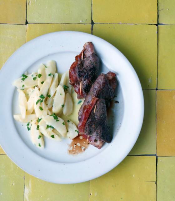 Saltimbocca vom Hirsch mit Petersilienwurzel-Gemüse