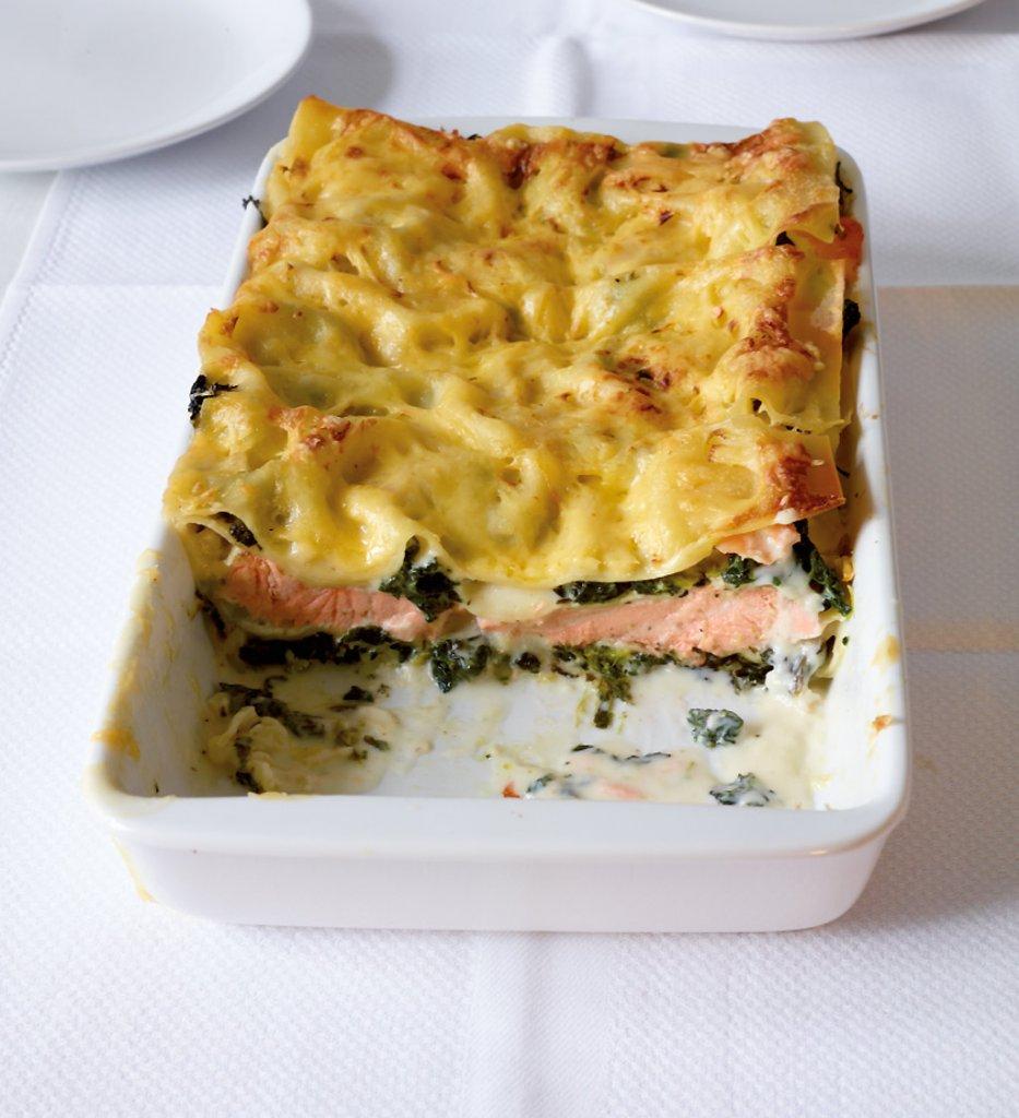 lachs spinat lasagne rezept essen und trinken. Black Bedroom Furniture Sets. Home Design Ideas