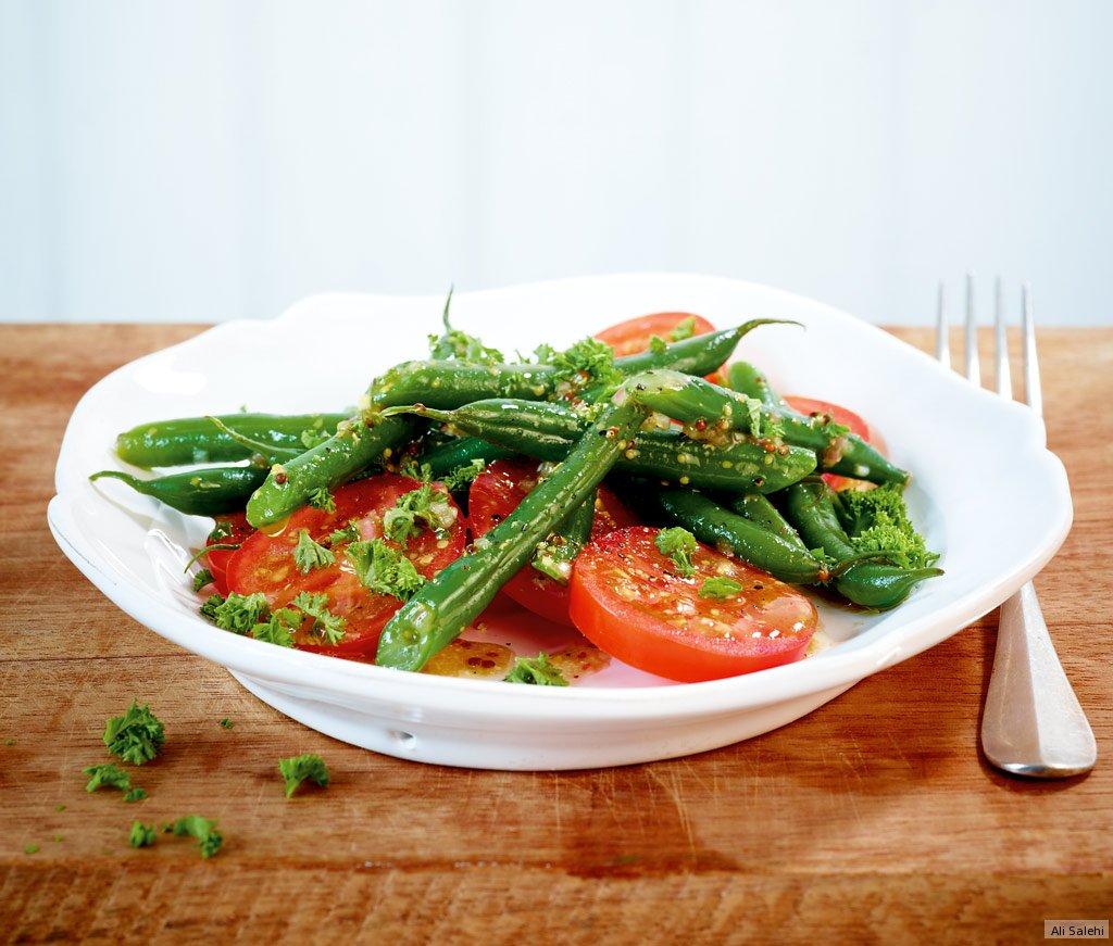 tomaten bohnen salat rezept essen trinken. Black Bedroom Furniture Sets. Home Design Ideas