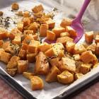 Geröstete Süßkartoffelwürfel