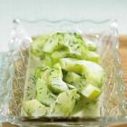 Lauwarmer Gurkensalat