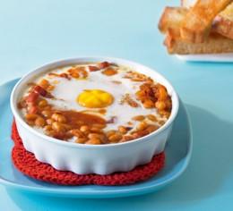 Gebackene Bohnen mit Ei