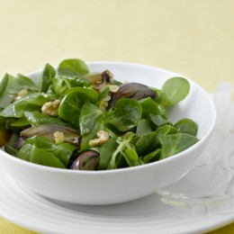 Feldsalat mit gebratener Zwiebel