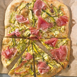 Gorgonzola-Zucchini-Pizza