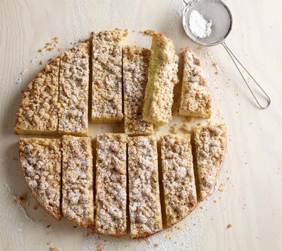 Haselnuss-Streuselkuchen