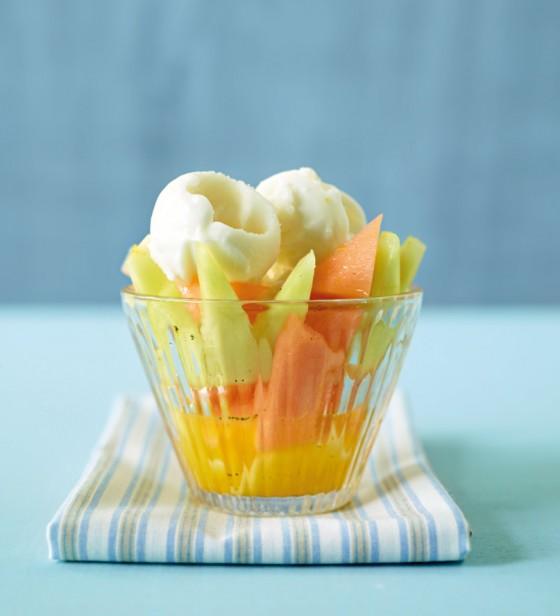 Melonensalat mit Zitronen-Sorbet