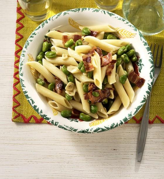 Pasta, Bohnen und Speck