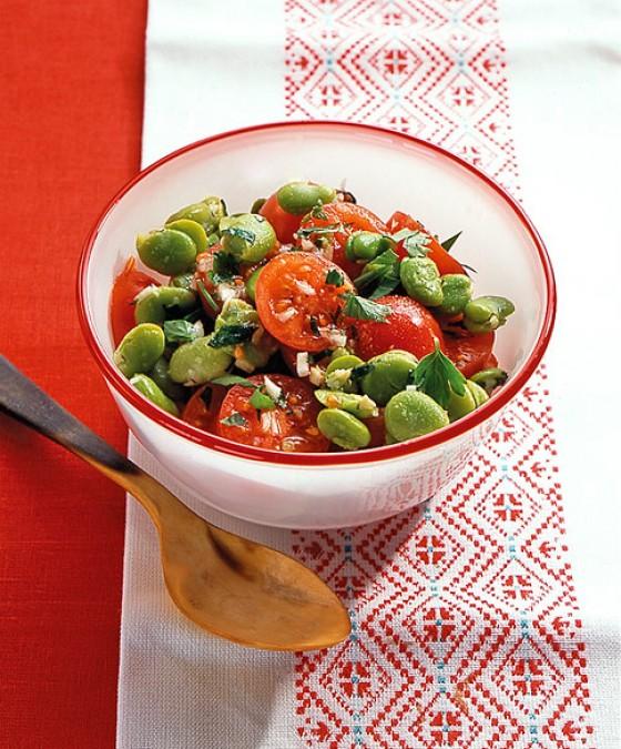 tomaten bohnen salat rezept essen und trinken. Black Bedroom Furniture Sets. Home Design Ideas