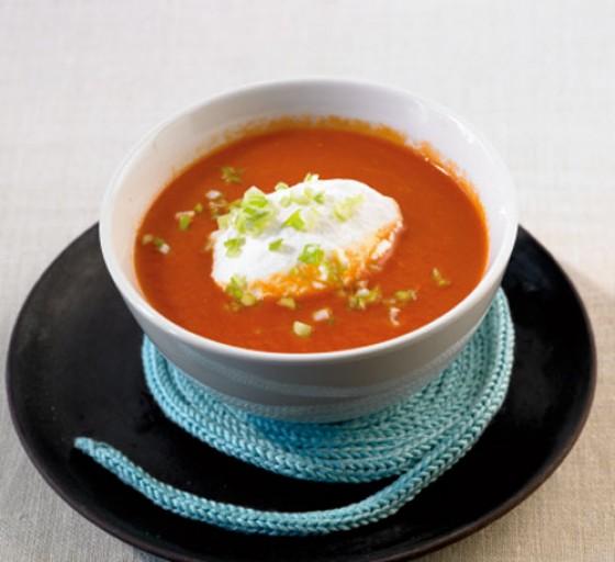 Tomatensuppe mit Gin-Sahne