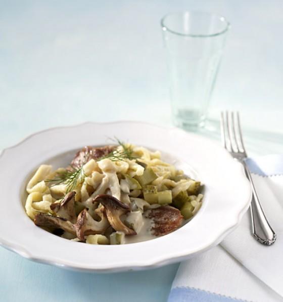 nudeln mit hack pilz rahm rezepte pilze und pasta 16 essen trinken. Black Bedroom Furniture Sets. Home Design Ideas