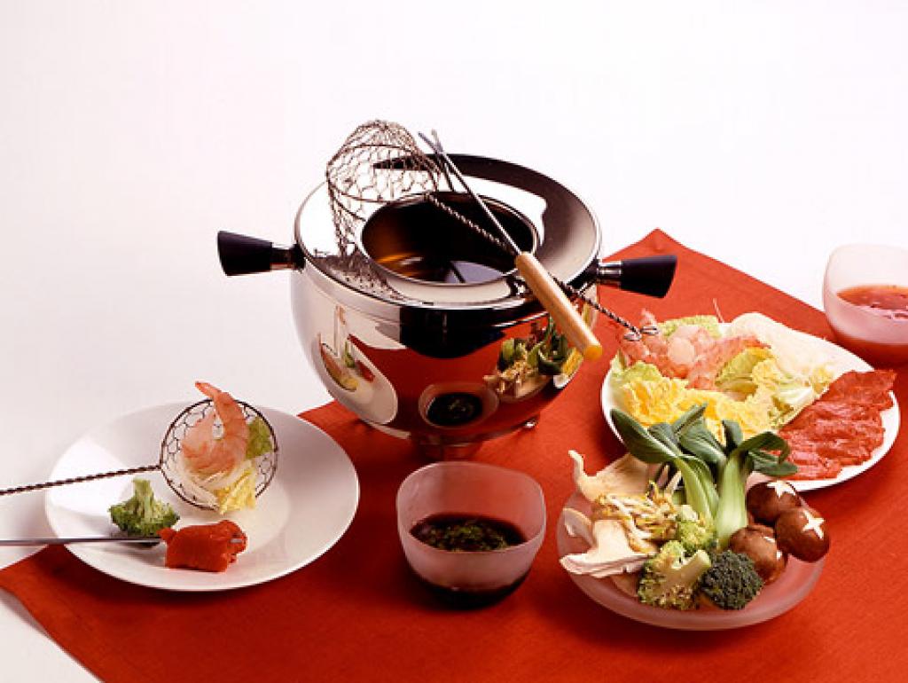 fondue chinoise rezept essen trinken. Black Bedroom Furniture Sets. Home Design Ideas