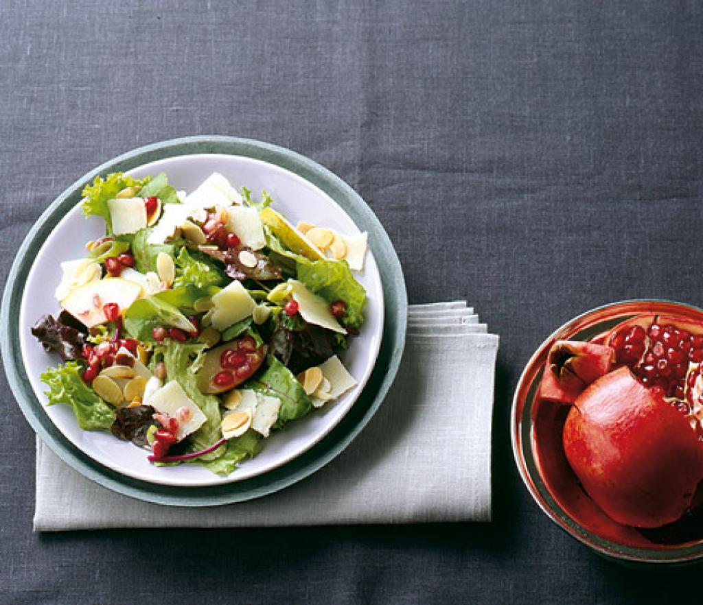 granatapfelsalat mit parmesan rezept essen trinken. Black Bedroom Furniture Sets. Home Design Ideas