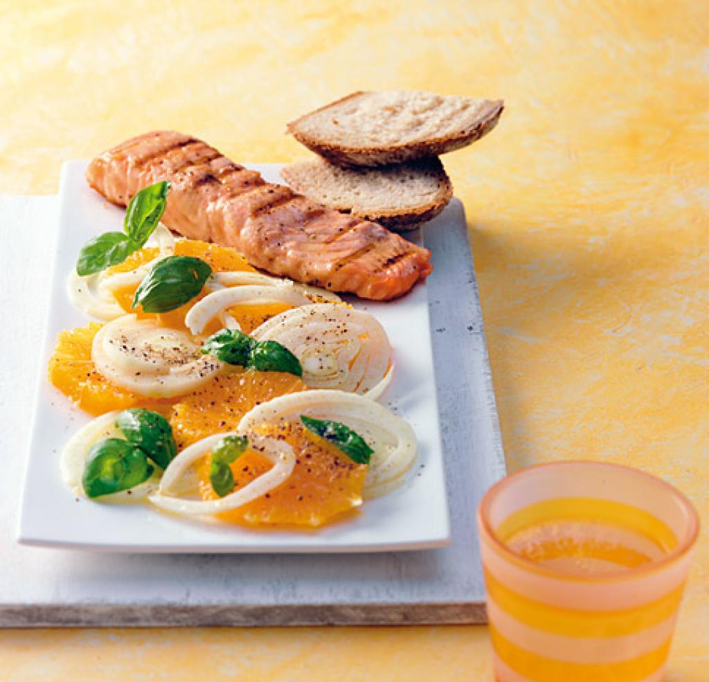 orangen fenchel salat mit lachs rezept essen trinken. Black Bedroom Furniture Sets. Home Design Ideas