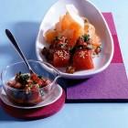 Thunfisch-Sashimi mit Tomaten und Ingwer