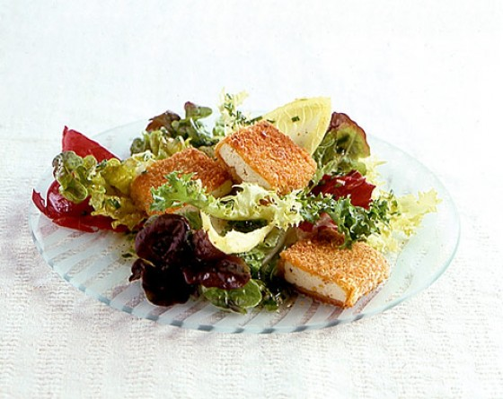 Curry-Tofu mit Wintersalat