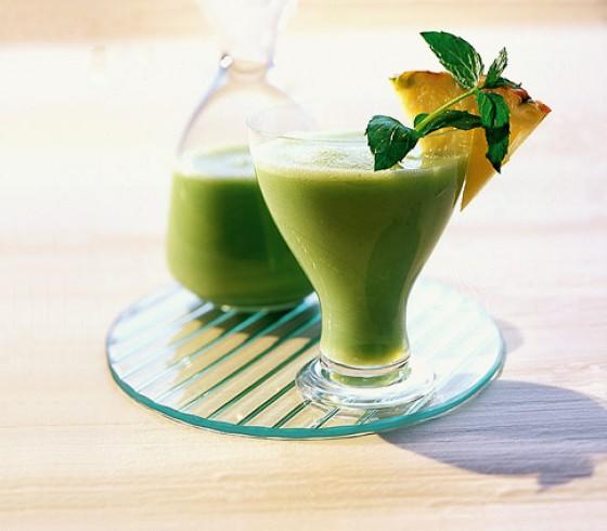 Minze-Ananas-Shake