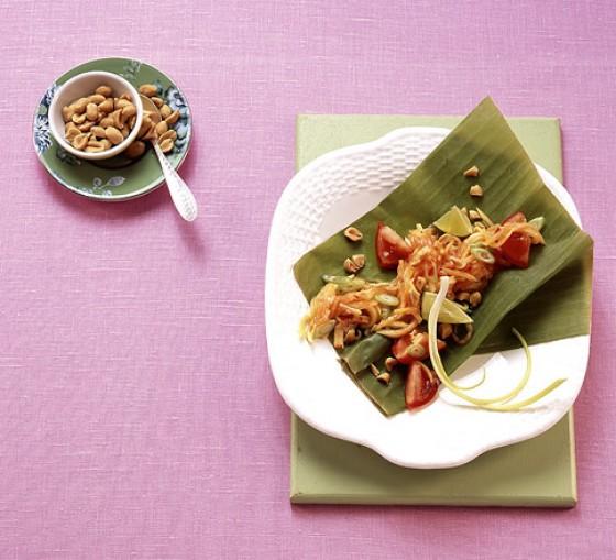 Papayasalat mit Erdnüssen