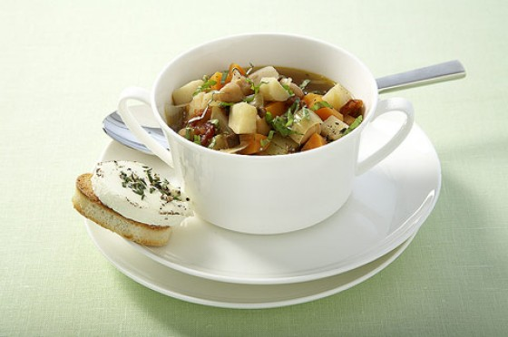 Suppengrün-Minestrone